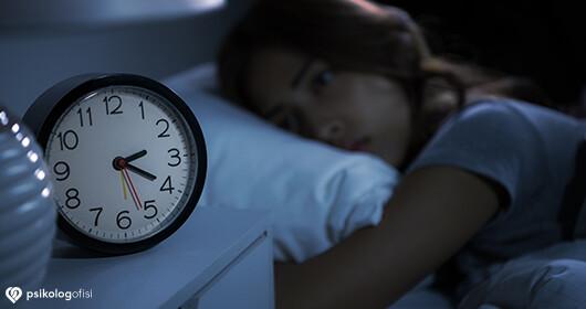 İnsomnia (Uykusuzluk) Nedir? Uykusuzluğa Ne İyi Gelir?