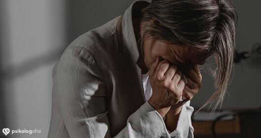 Nevrotik Kişilik Bozukluğu Nedir? Nedenleri, Belirtileri ve Tedavisi
